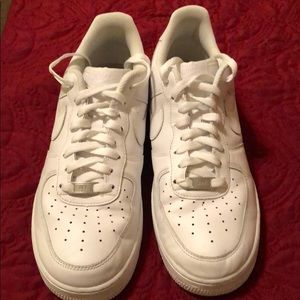 Men's white Nike Air Force 1's